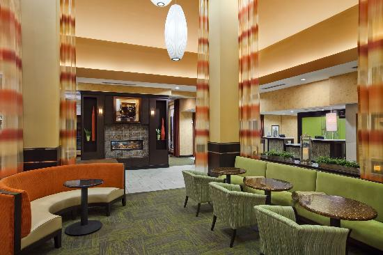 Hilton Garden Inn Nashville Franklin / Cool Spring: Grow Lobby