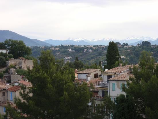 Cagnes-sur-Mer, France: verdant view