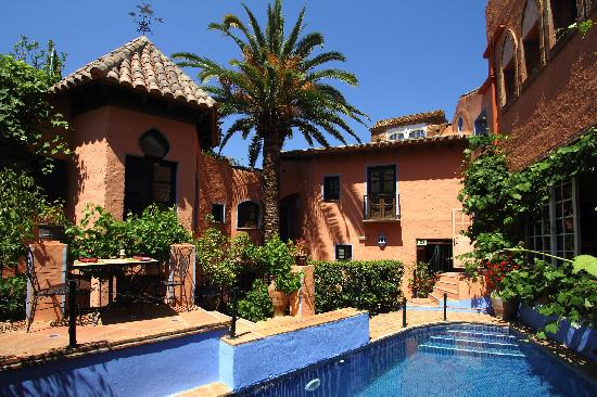 Photo of Amanhavis Hotel & Restaurant Benahavis