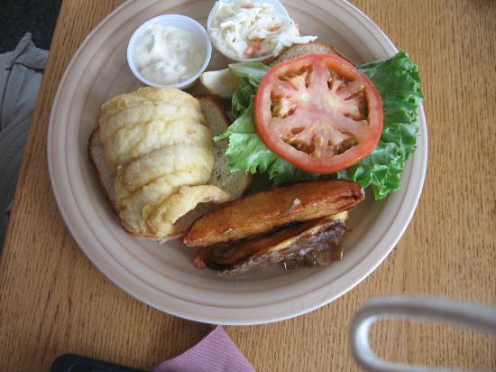 Seafood Ketch: Haddock sandwich