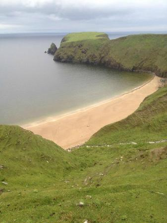 Malinbeg Hostel: Silver strand, at the end of the road a few hundred metres past the hostel
