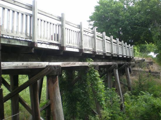 Katy Trail State Park: Old Katy RR bridge
