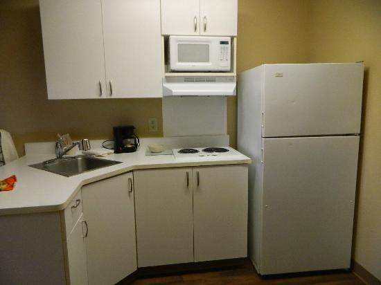 Extended Stay America - Orange County - Anaheim Convention Center: Kitchen Area