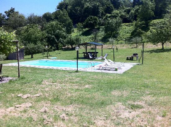 Agriturismo Il Muretto: la piscina