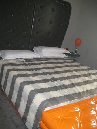 Orange Hotel: Deluxe suite