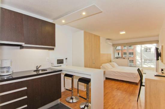 Massini Suites: Vista general de la habitación