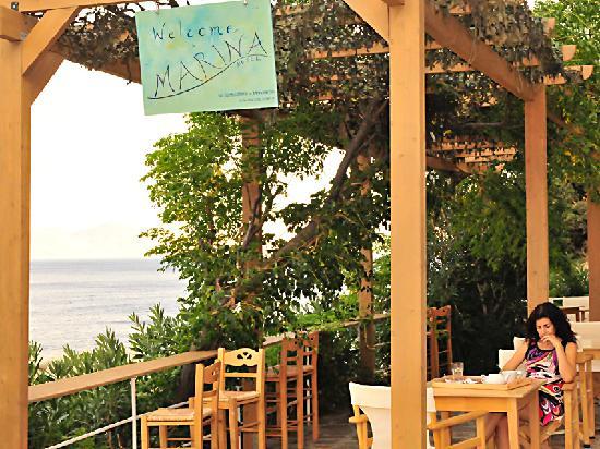Hotel Marina: Pergola of Marina Hotel terrace