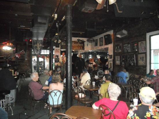 Elysian Fields Inn: Jazz Club on Frenchman Street
