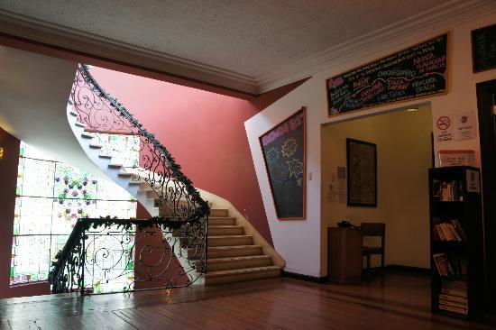 Pariwana Hostel Lima: Recepción