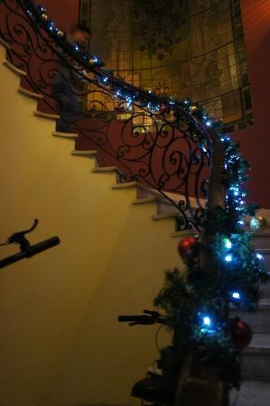 Pariwana Hostel Lima: Escaleras de acceso