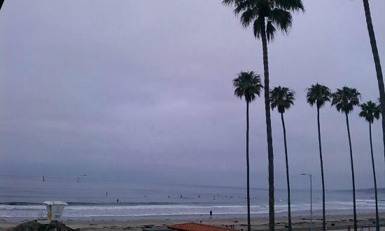 لا جولا شورز هوتل: View from our side ocean view 