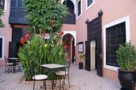 Les Borjs de la Kasbah: Binnenplaats