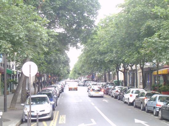 Zazie Hotel: street where the hotel is located
