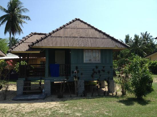 Sabaii Bay Resort: our bungalow