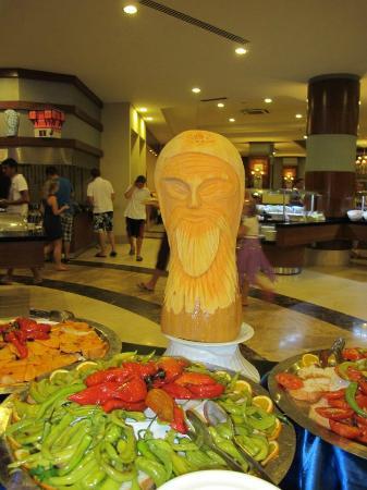 Sunconnect Sea World Resort & Spa: Kunstverk til mat