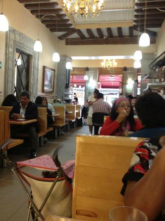 Cafe El Popular Cafeteria