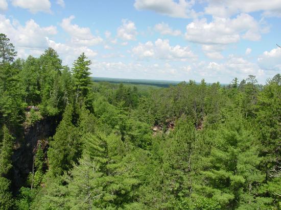 Pattison State Park : View near Big Manitou Falls