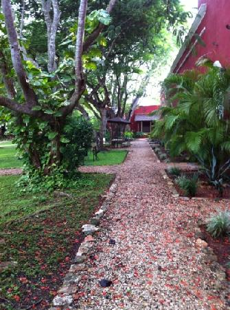 Hacienda Santa Cruz: garden