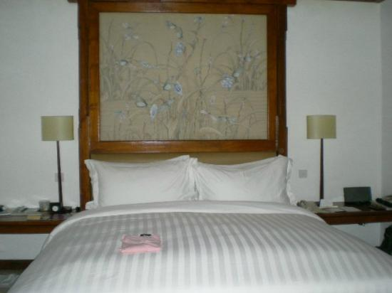 The Oberoi Bali: our divine bed, felt like floating