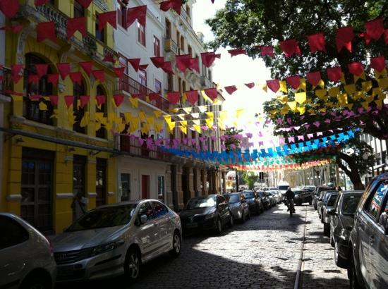 Recife, PE: Rua da Moeda no São João