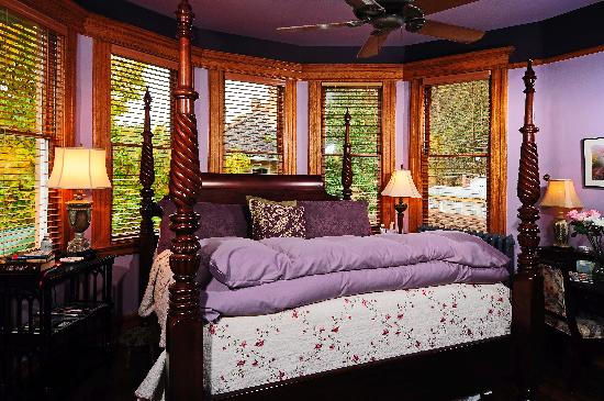 Cafe Cimino Country Inn: Main House guest room-The Lucia (king bed)