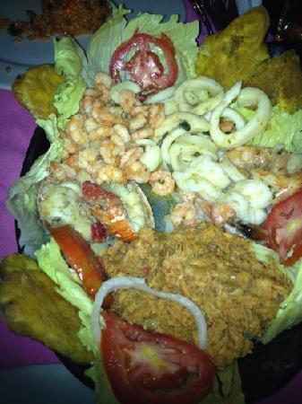 Restaurante Bar Donde Socorro Sea Food: festival de mariscos