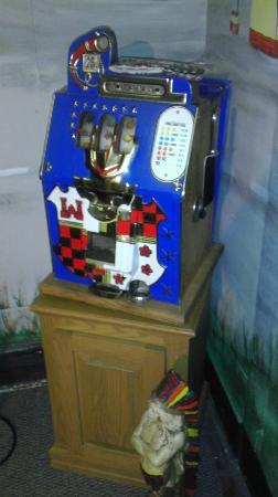 Art In Motion Vintage Motorcycle Museum: Antique slot machine