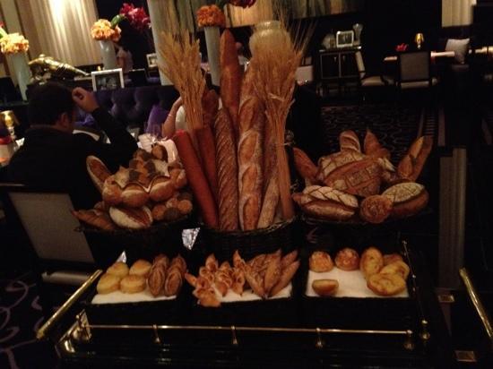 Joel Robuchon: bread cart