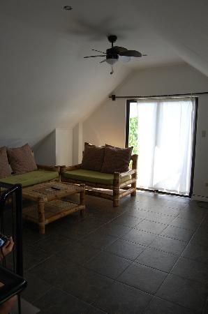 Nirvana Beach Resort: 3rd floor family room