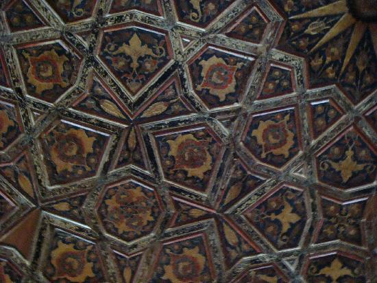 Mezquita de Rüstem Paşa: ceiling detail - rustem pasha mosque