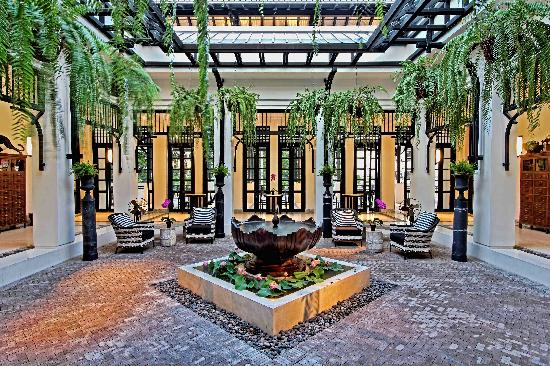 The Siam : The Lobby