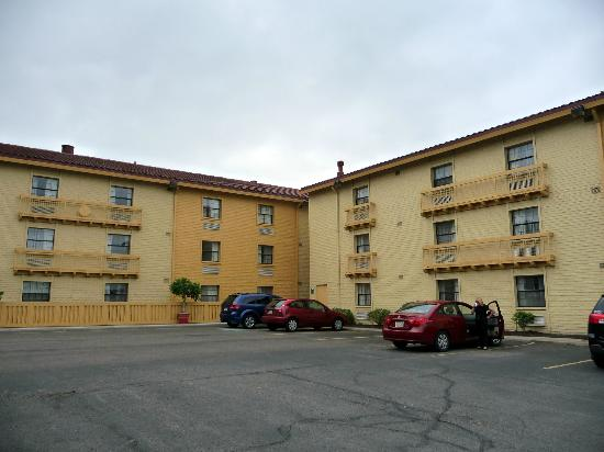 La Quinta Inn Pittsburgh Airport: Hotel