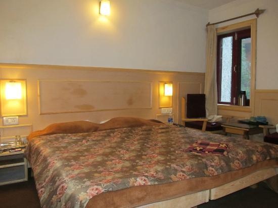 Hotel Sadaf: My Deluxe room
