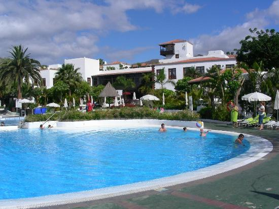 Hotel Jardin Tecina: piscine