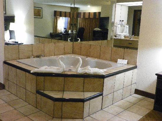 Royalton Inn & Suites: Roylaton Inn& Suites, Upper Sandusky