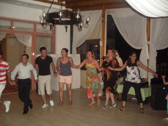 Ceren Hotel: türk gecemizz