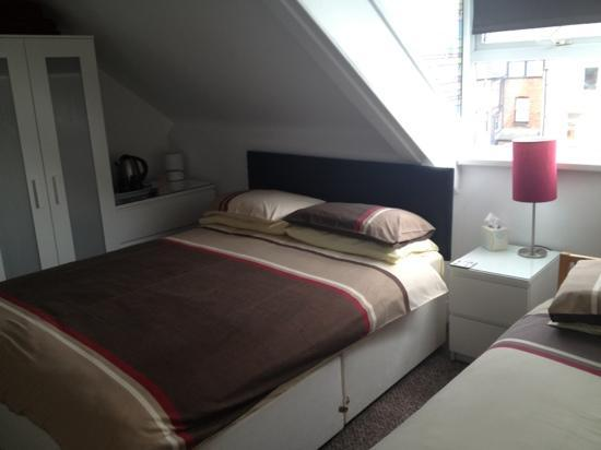 Ainsley Guest House: Room 4