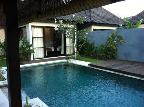 Katala Villas: pool and bedroom area in distance