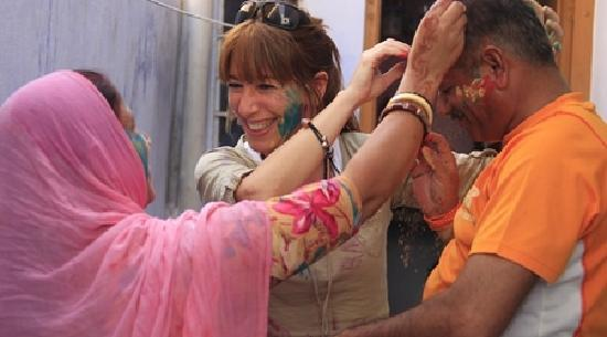 Supyar Mahal: Guest Playing holi - The color festival