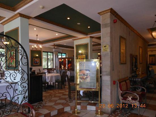 Colosseum Hotel & Fitness Club : diningroom