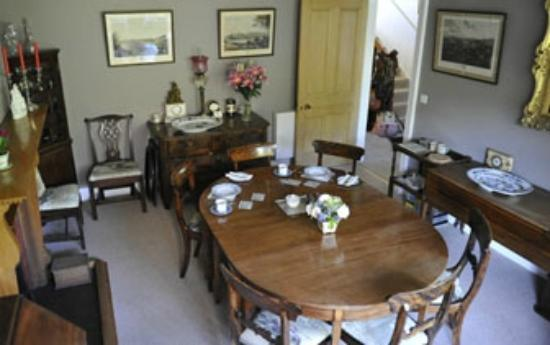 Glengair Bed & Breakfast: Dining room