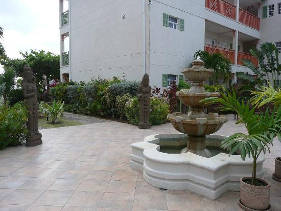 Bay Gardens Inn : BAY GARDENS RESORT