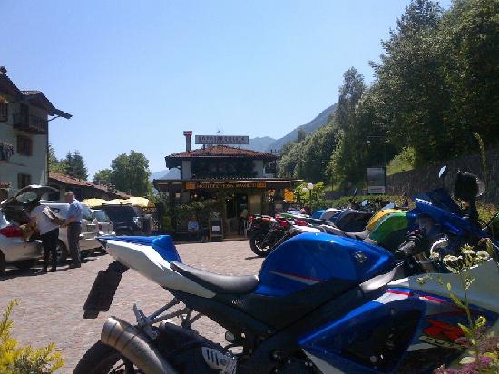 """giugno 2012 """"LA PASSEGGIATA"""", molina di ledro, bike, motobiker point"""
