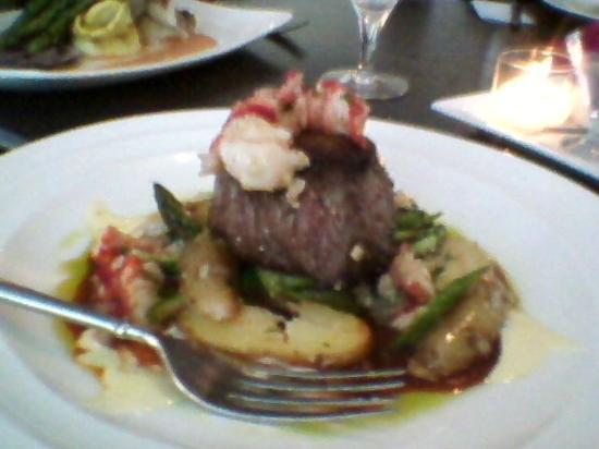 The Essex, Vermont's Culinary Resort & Spa: The Surf and Turf at Amuse