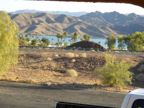 Havasu Springs Resort: View from the Lakeview Room