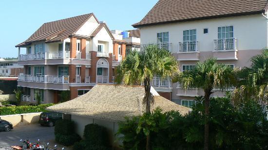The Orchid House: Вид с балкона, очень симпатично