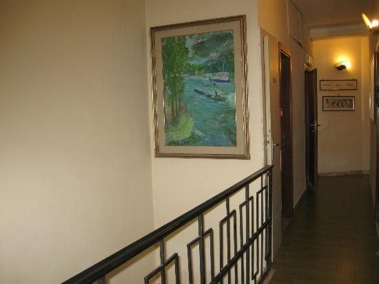 Hotel Minerva & Nettuno: Сorridor