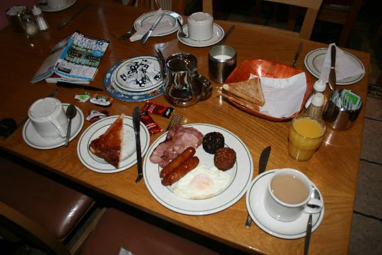 Hazelbrook House: Irish continental breakfast