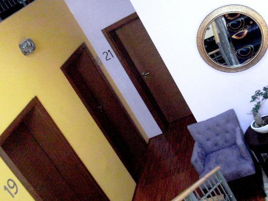 Hotel 365: couloir