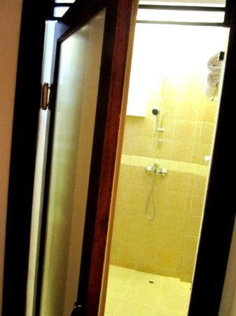 Bangkok Natural Spa & Resort: for showering